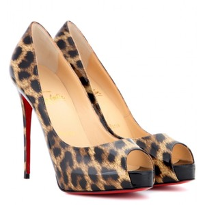 d80a78bf5149 Christian Louboutin Leopard New Very Prive Classic Black Peep Toe Pumps