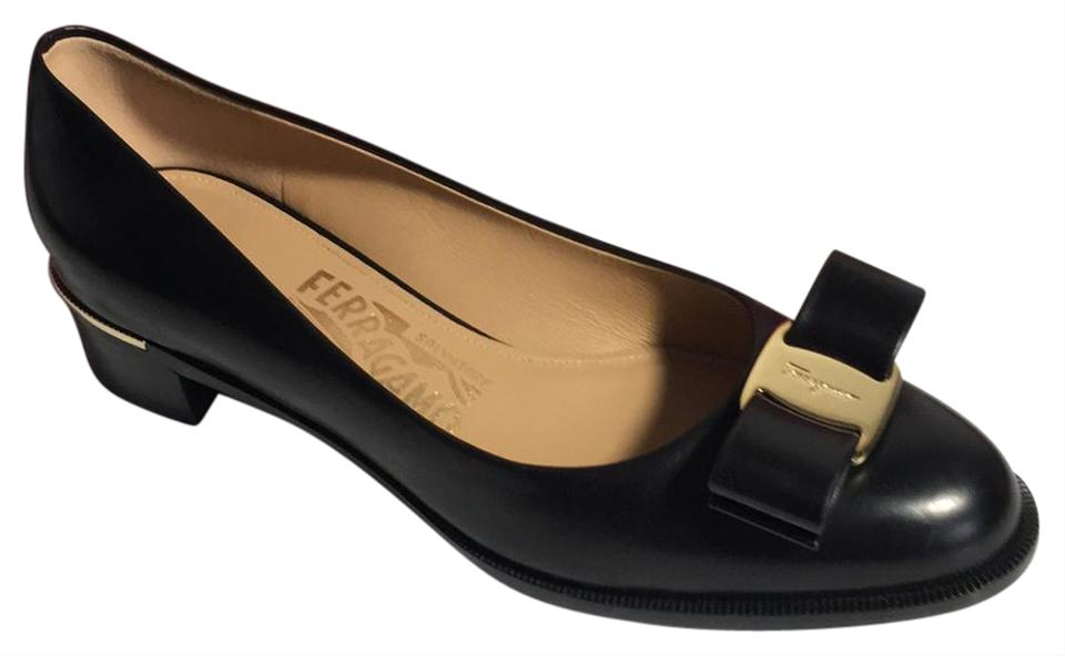 Salvatore Ferragamo Black Black Ferragamo Luna 30 Pumps 48bad2
