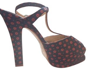 142b0818b71679 Zara Dark blue with red flowers!! Platforms