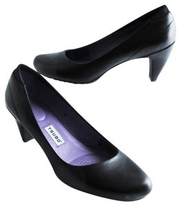 Tsubo Dufay Leather Cushioned Sole Comfortable Black Pumps