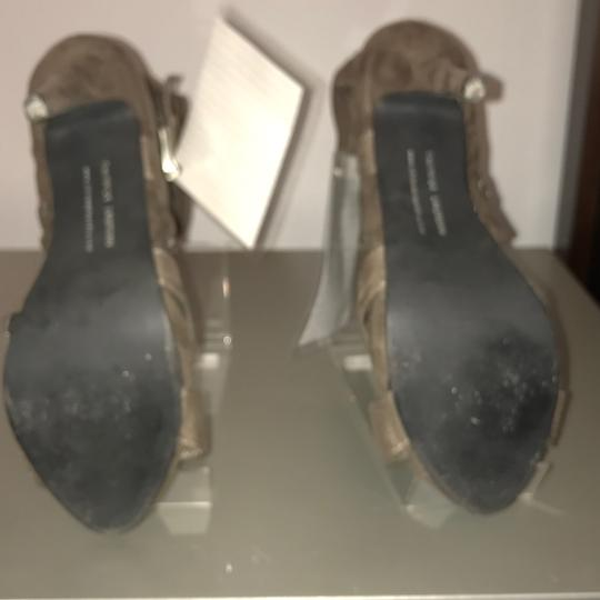 Chinese Laundry GRAY Boots Image 3