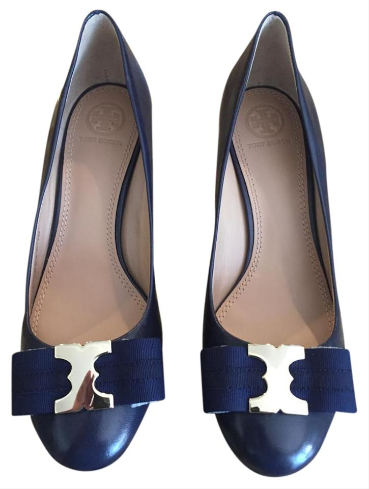 Tory Burch Dark Navy Logo W Gold Metal Logo Navy Wedges f571bf