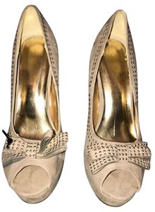 Cathy Jean TAUPE Platforms