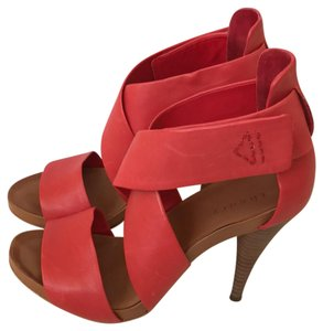 Theory Red Platforms