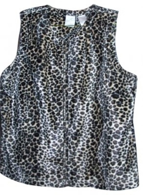 Preload https://img-static.tradesy.com/item/21703/emma-james-leopard-print-vest-size-10-m-0-0-650-650.jpg