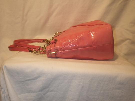 Coach Tote in Pink Image 7