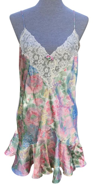 Item - Pink Green Purple Vintage Floral Slip Short Casual Dress Size 10 (M)