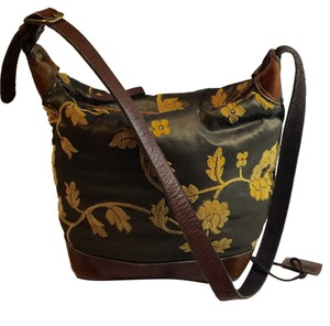 Latico Bucket Zipper Lined Made In Columbia Cross Body Adjustable Leather Tapestry Purse Shoulder Bag