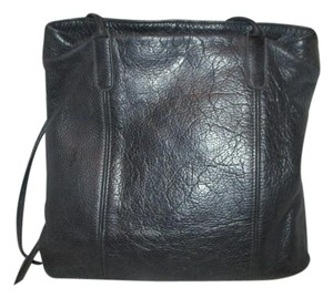 M. London Leather Tote in black