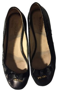 Prada Comfortable Sophisticated Spring black Flats