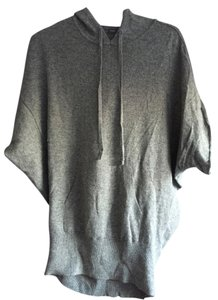 Vince Comfortable Grey Sweater