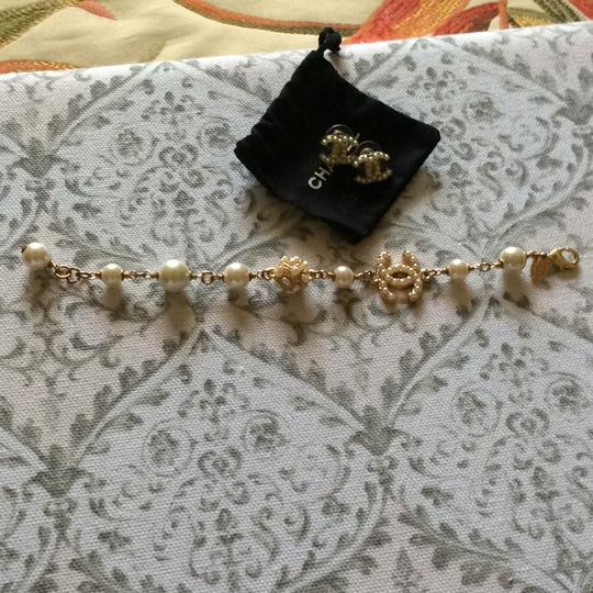 Chanel Chanel pearl earring and bracelet set
