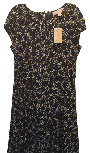 Preload https://img-static.tradesy.com/item/21707300/michael-kors-floral-a-line-short-casual-dress-size-petite-8-m-0-1-650-650.jpg
