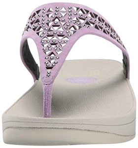 FitFlop Thong Woven Leather Plumthistle Sandals