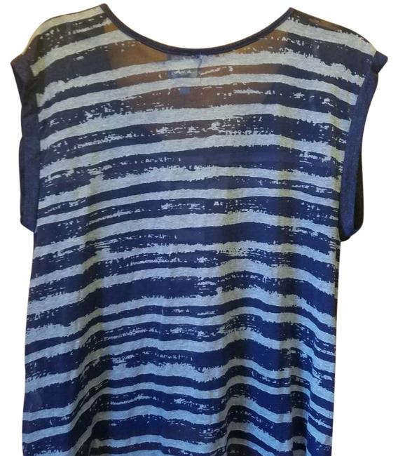 Preload https://img-static.tradesy.com/item/21708288/blue-summer-night-out-top-size-14-l-0-2-650-650.jpg
