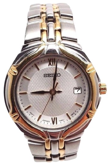 Preload https://img-static.tradesy.com/item/21708590/seiko-dress-silver-dial-date-two-tone-stainless-steel-women-s-watch-0-1-540-540.jpg