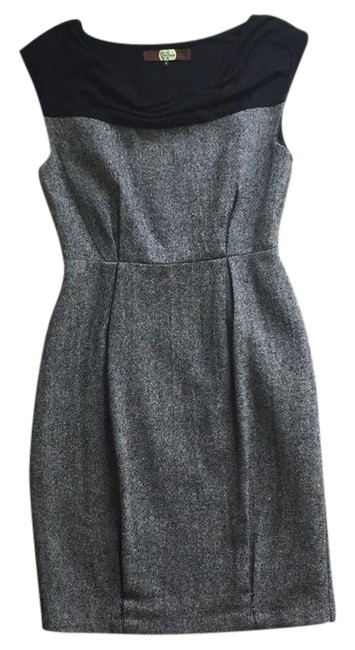 Preload https://img-static.tradesy.com/item/21708751/eva-franco-gray-and-black-jenna-sheath-mid-length-workoffice-dress-size-4-s-0-1-650-650.jpg