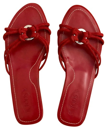 Preload https://img-static.tradesy.com/item/21708797/tod-s-red-suede-sandals-size-us-55-regular-m-b-0-1-540-540.jpg