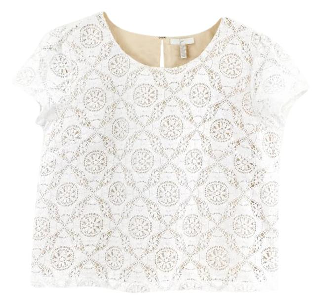 Preload https://img-static.tradesy.com/item/21708989/joie-white-lace-crop-cap-sleeve-blouse-size-4-s-0-1-650-650.jpg