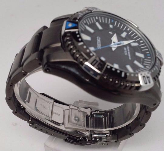 Seiko Seiko Men's Solar Divers 200m Black Ion-Plated Stainless Steel Watch