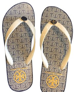 fc919629d Tory Burch Wedges Flip-flops Trendy ivory and navy Sandals