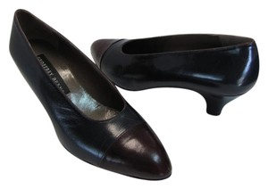 Geoffrey Beene 8m Good Condition Navy, Brown Pumps