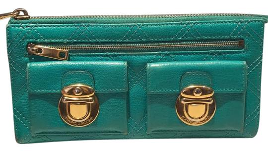 Preload https://img-static.tradesy.com/item/21709626/marc-jacobs-turquoise-classic-quilted-clutch-wallet-0-1-540-540.jpg