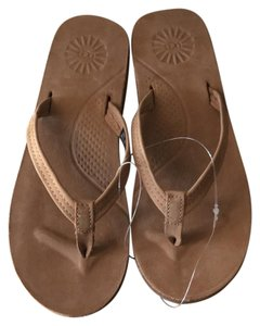 c720e16c1a3 UGG Australia Sandals 5 Up to 90% off at Tradesy