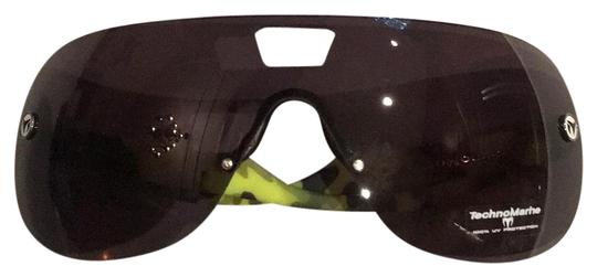 Preload https://img-static.tradesy.com/item/21709982/technomarine-neon-yellow-black-mirage-pilot-mask-sunglasses-0-1-540-540.jpg