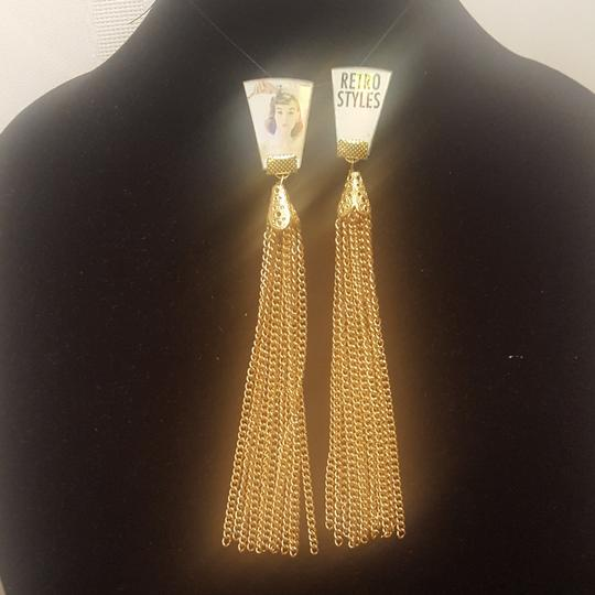 Unknown Retro style clip-on gold plated earrings