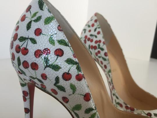 Christian Louboutin Latte Pumps