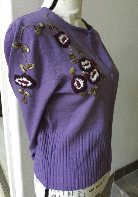 Bisou Bisou Lilac Michele Bohbot Embroidered Cardigan Size 12 (L) Bisou Bisou Lilac Michele Bohbot Embroidered Cardigan Size 12 (L) Image 3