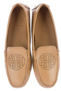 Tory Burch Reva Logo Square Toe Perforated Bommer Beige Flats