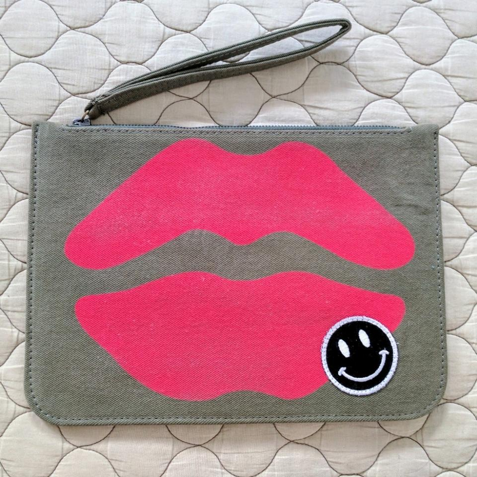 aaf7fa9f312 Lauren Moshi Lusha Red Airbrush Mouth with Patch Military Cotton ...