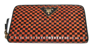 Prada Woven Leather Black/Brown Clutch