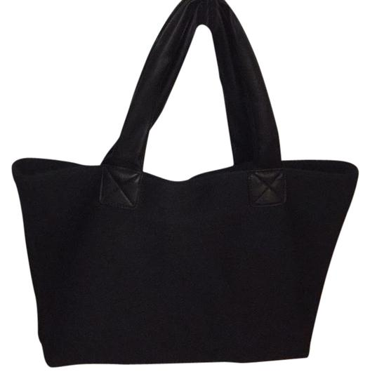 GX by Gwen Stefani Tote in black