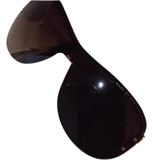 Preload https://item4.tradesy.com/images/marc-by-marc-jacobs-white-gold-aviation-style-sunglasses-21713428-0-1.jpg?width=440&height=440
