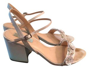 Betsey Johnson Ivory Blue By Women's Sb-brett Dress Sandal Formal Size US 9 Regular (M, B)