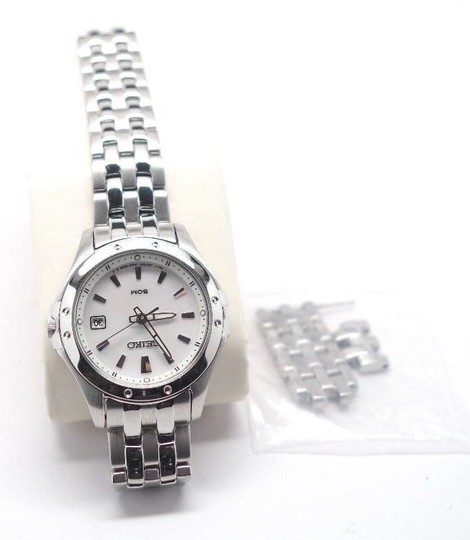 Seiko Seiko SXDE09 Analog Mother-Of-Pearl Dial Watch Date Womens READ DESCR Image 2