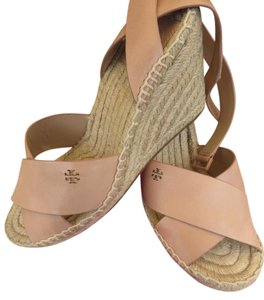 Tory Burch Blush ( Makeup) Wedges