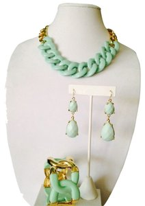 2 Hearts 3-Piece Set, Mint Green Resin