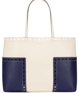 Tory Burch Tote in navy/ivory
