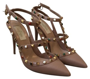 Valentino Rockstud Leather Rolling Rockstud NUDE Pumps