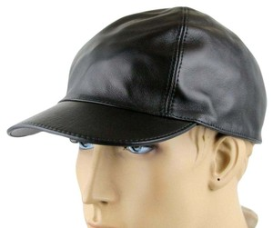 Gucci Black Leather Baseball Cap Hat with Script Logo L 368361 1000