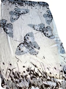 BUTTERFLY AND GARDEN PRINTED SCARF