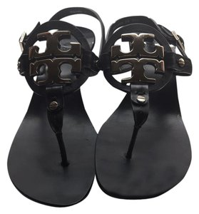 bede9725dd42 Tory Burch Sandals - Up to 90% off at Tradesy