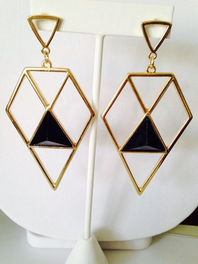 Other 2-Piece Set, Black Enamel Triangles Necklace & Earrings Image 5
