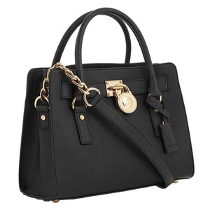 18c02c11a65a Michael Kors Satchels - Up to 70% off at Tradesy