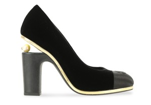 Chanel Velvet Runway Rare Pearl Black Pumps