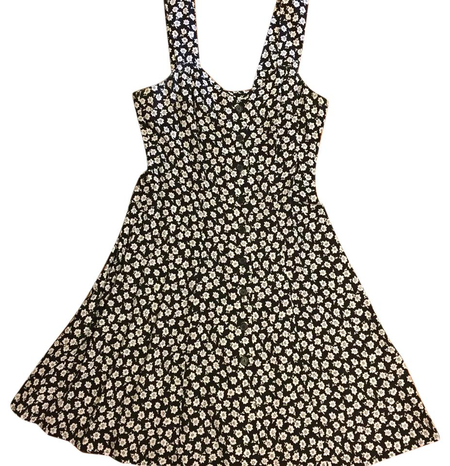 Victorias Secret Black With Small White Flowers Short Casual Dress